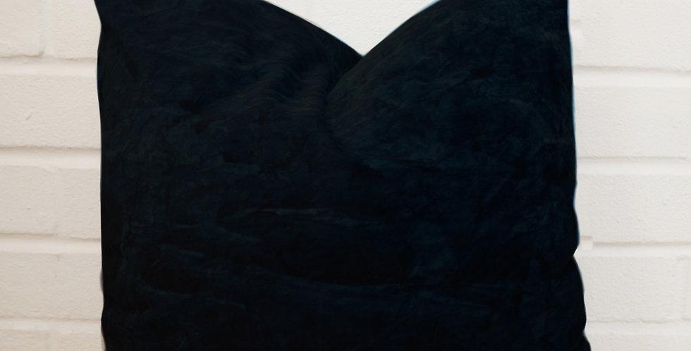 SEA MONSTER SQUID INK OOGANAPOOF