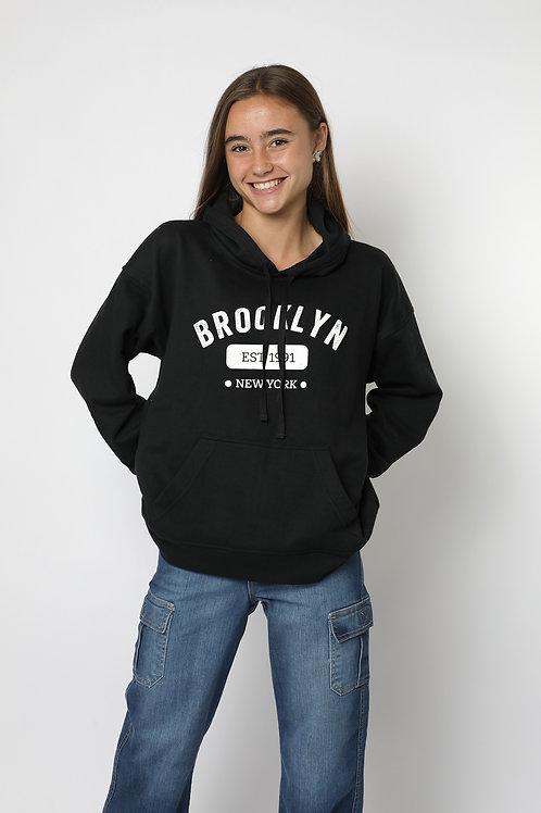 Polerón canguro negro Brooklyn