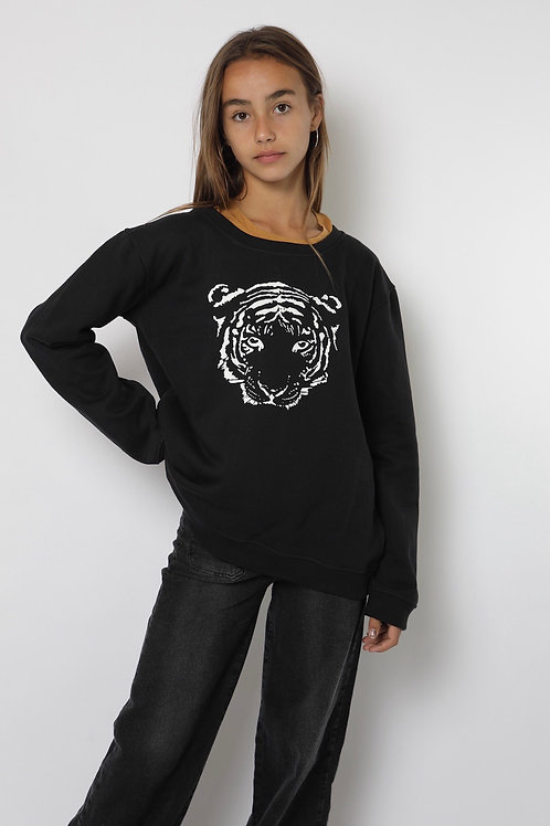 Polerón negro tigre cuello polo