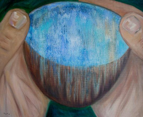 A bowl. 2015