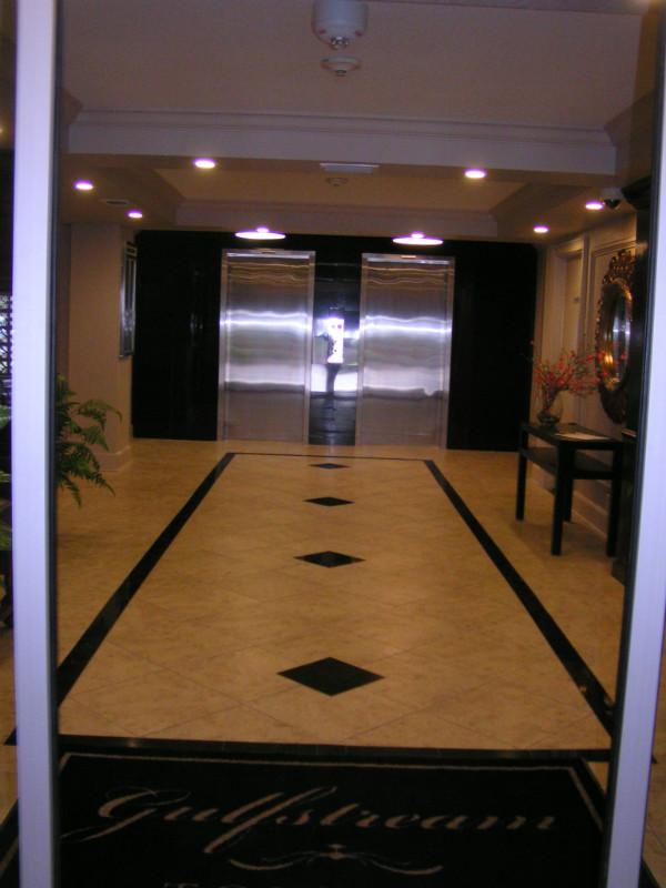Lobby Reno 2