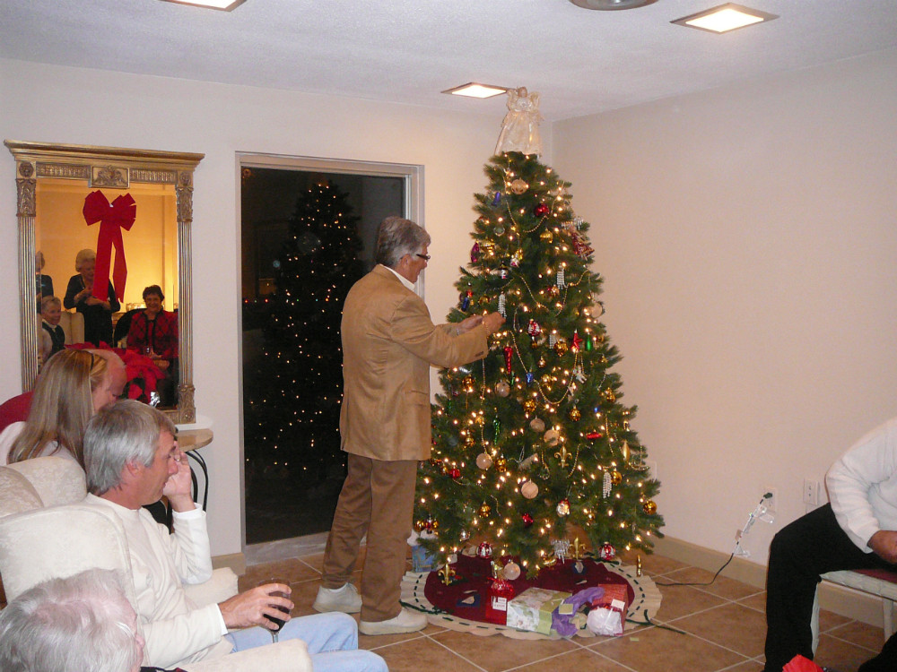 2010 Holiday Party 14