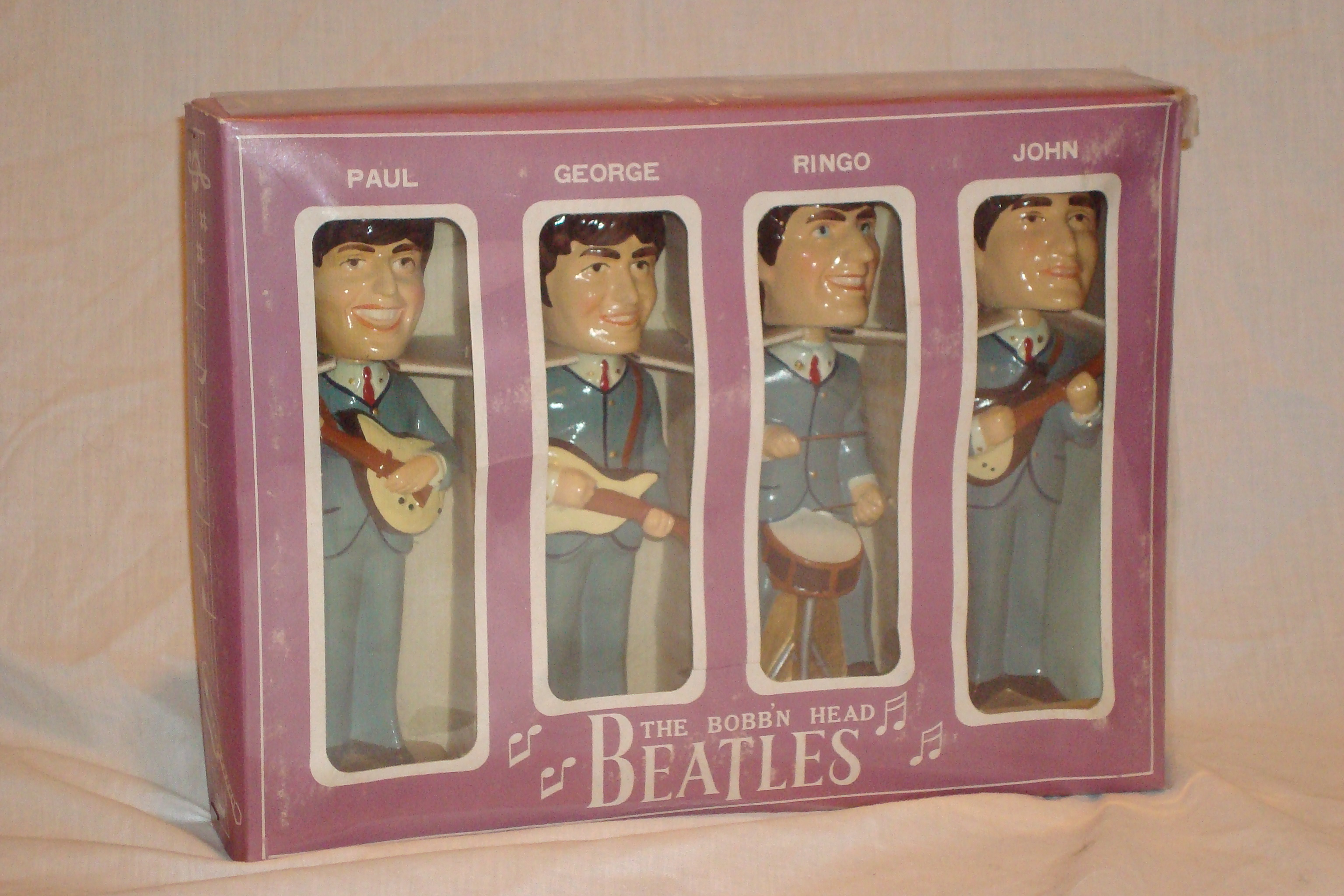 Beatles Bobbin' Head dolls 1964.JPG
