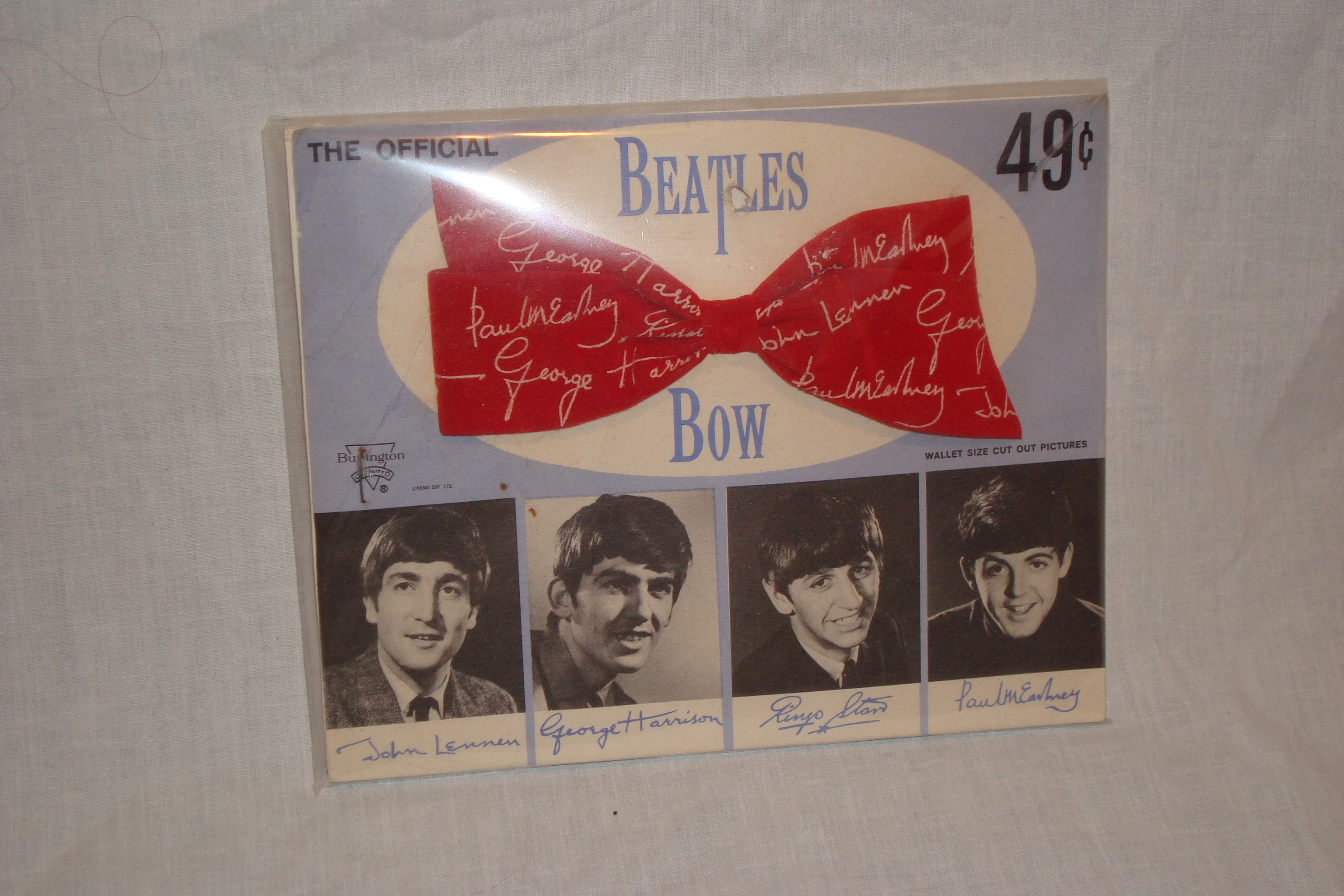 Beatles hair bow 1964.JPG