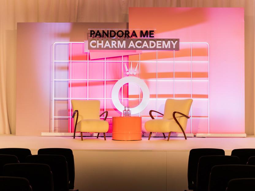 Pandora Charm Academy_01.jpg