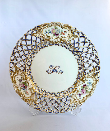 Minton dessert plate made for the Duke of Sutherland