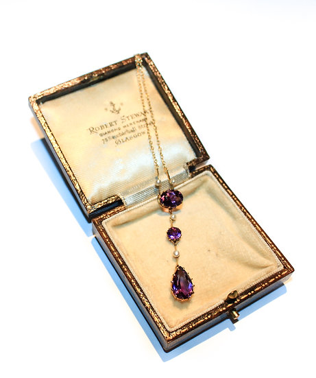 Amethyst and pearl three stone necklace