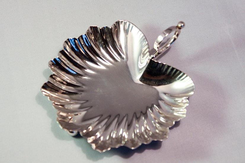 Silver nut or bon bon dish