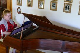 Schornsheim spielt auf dem Tangentenflügel