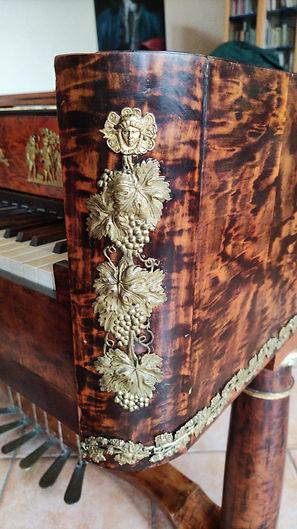 Fortepiano for sale Hammerflügel zu verkaufen.jpg