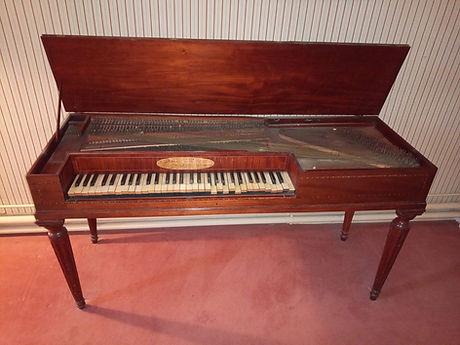 Mercken 1793 Tafelklavier.jpg