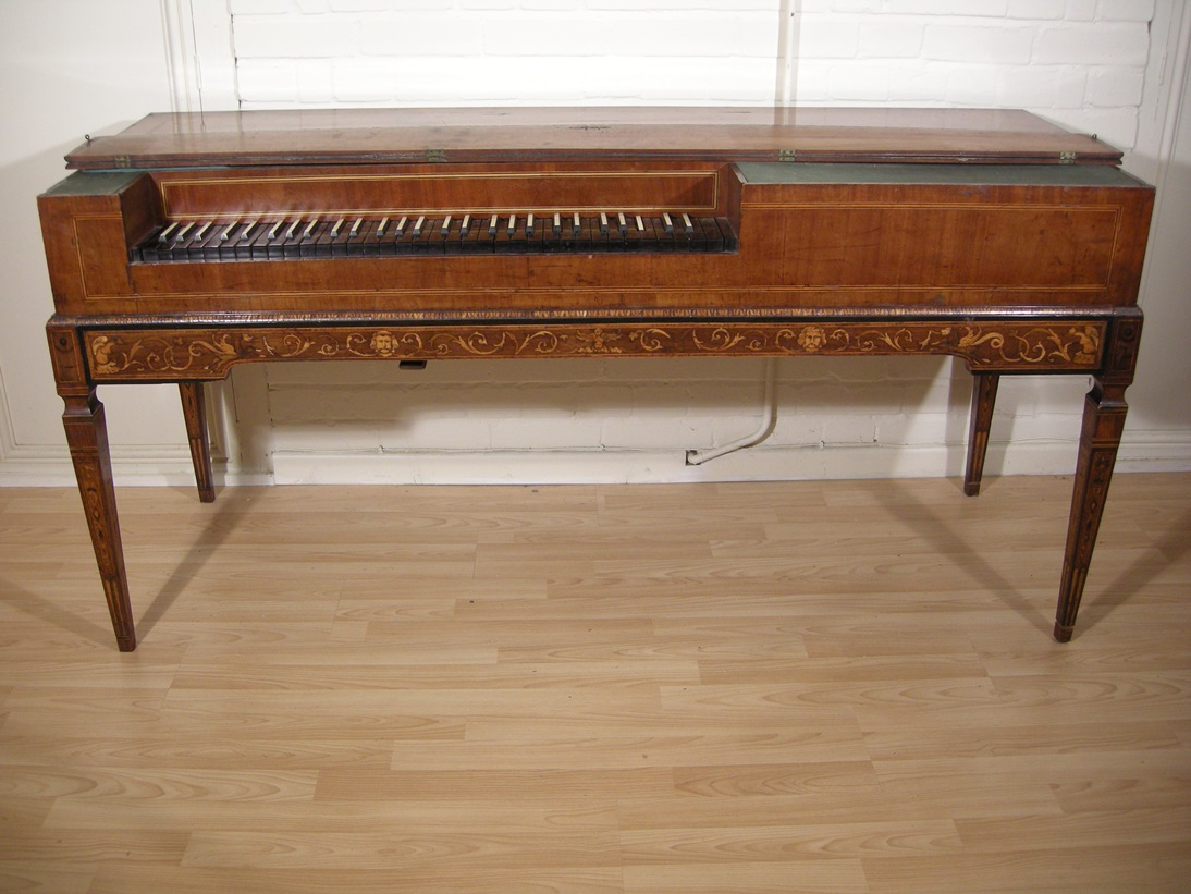 Italian square piano