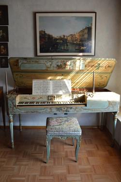 Anon. Italian piano