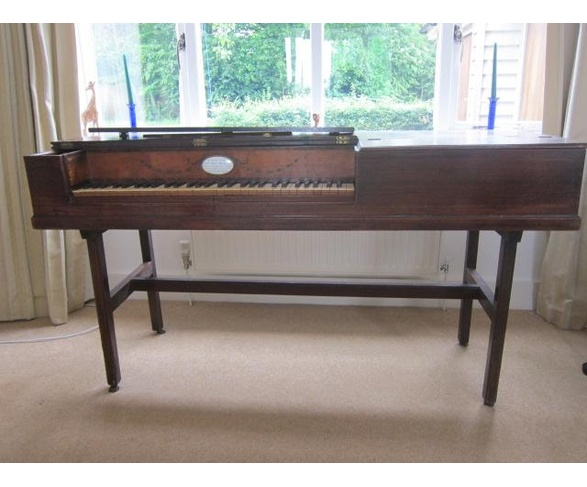 Longman & Broderip square piano