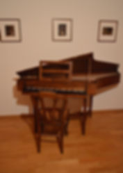 Spinett zu verkafen Spinet for sale