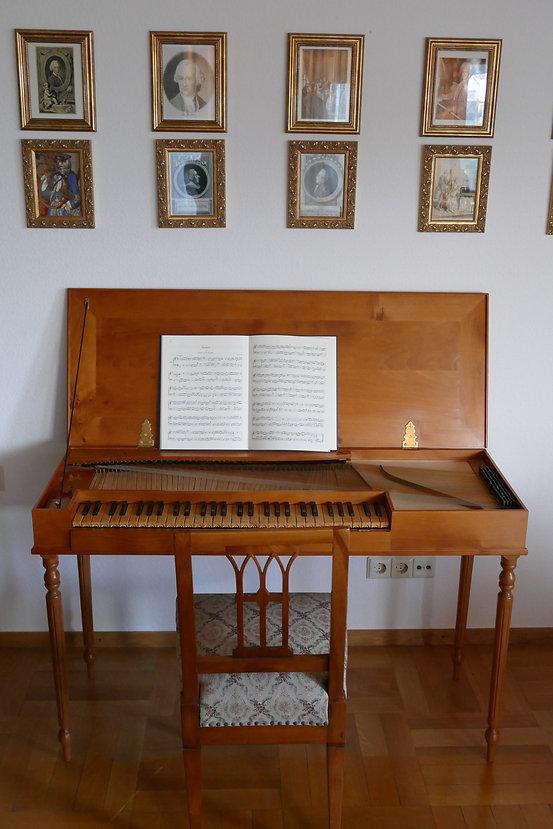 Clavichord zu verkaufen.JPG