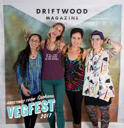 Driftwood Photo Booth Spokane Vegfest-155.jpg