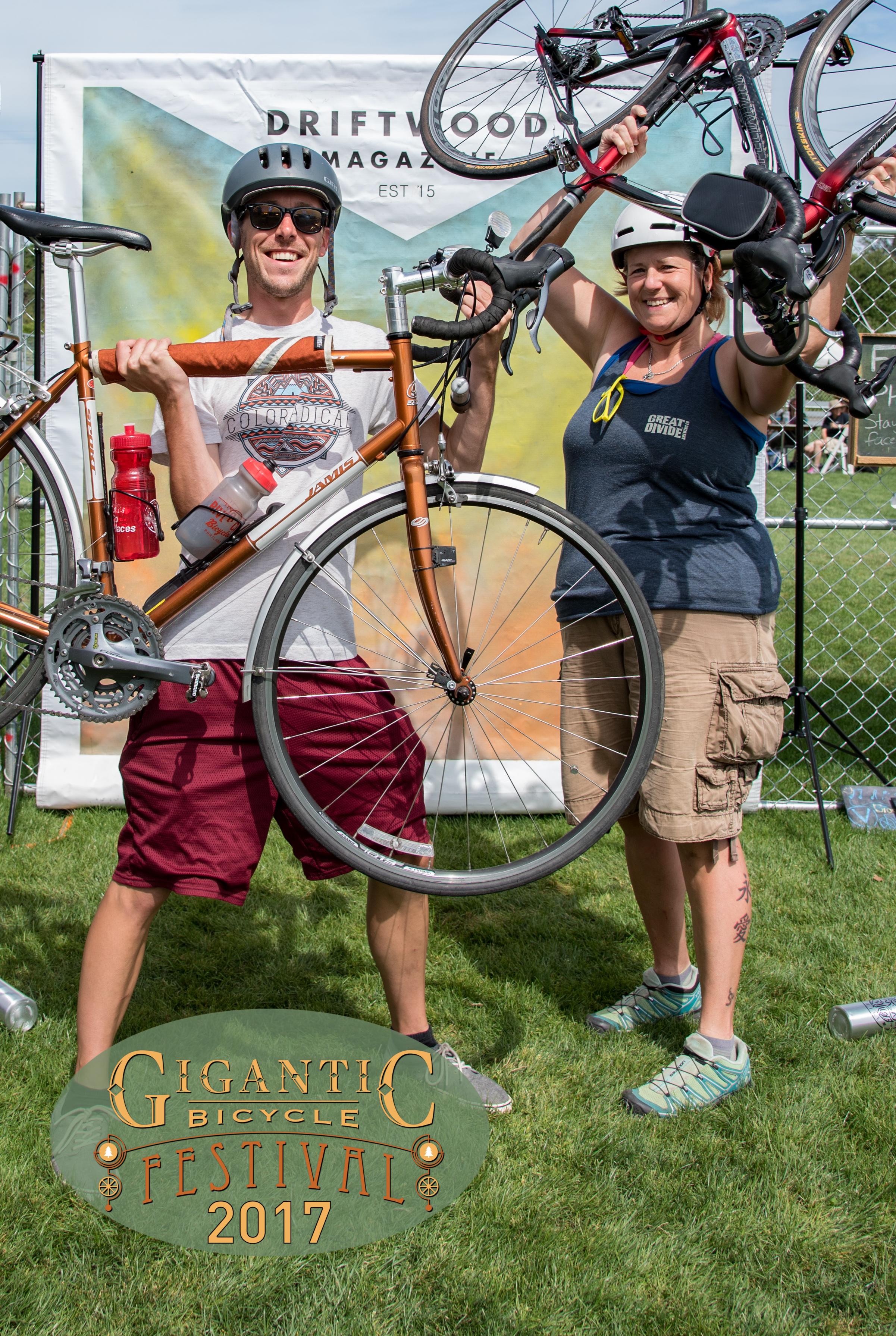 Driftwood Magazine_Gigantic Bike Fest-61.jpg