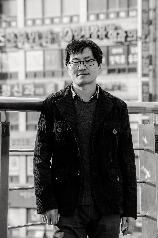 Sung Mo Cho