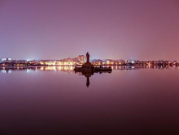 Hussain Sagar Buddha Statue at Dusk.jpg