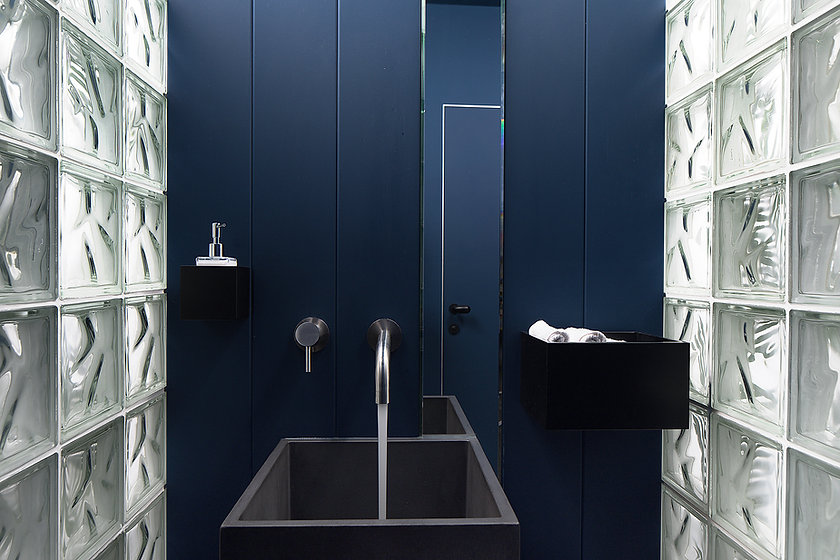 Vallone tap design
