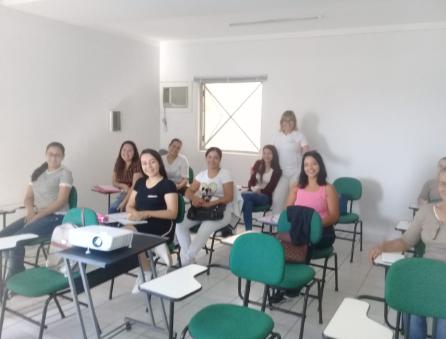 Aulas práticas do curso Cálculo e Administração de Medicamentos.