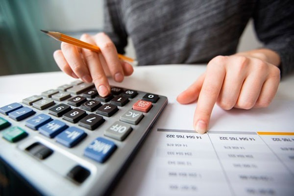 Curso auxiliar de contabilidade.