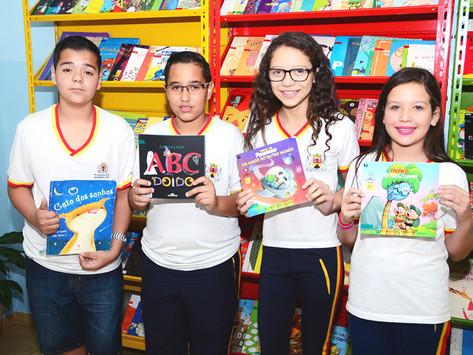 Nova sala de leitura reforça relação entre alunos e livros