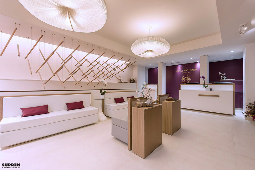 "Spa ""Cinq Mondes"" PARIS - Réception & Boutique"