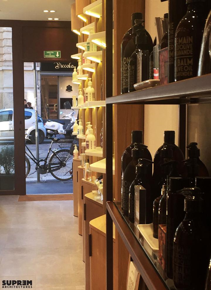 """Boutique """"Compagnie de Provence"""" MILAN - Détail linaires"""