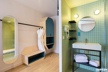 """Hôtel """"Urban Hôtel""""*** - Salle d'eau chambre verte"""