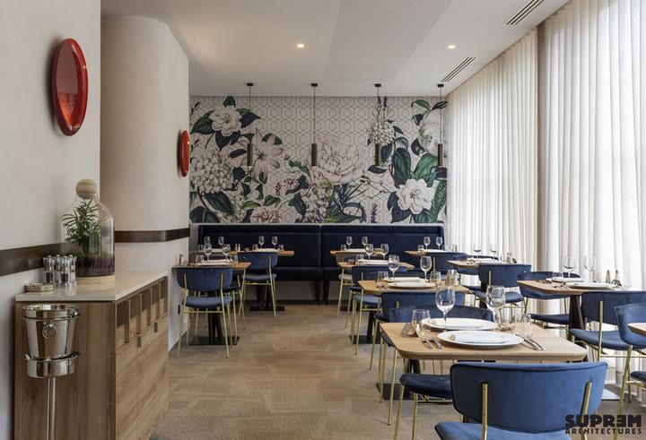 """Restaurant """"L'Alchimiste"""" Hôtel Golden Tulip**** - Véranda"""