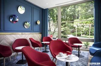 "Hôtel ""Le Garden"" GOLDEN TULIP - Lounge bar"