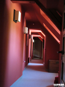 Maison TD - Couloir rouge