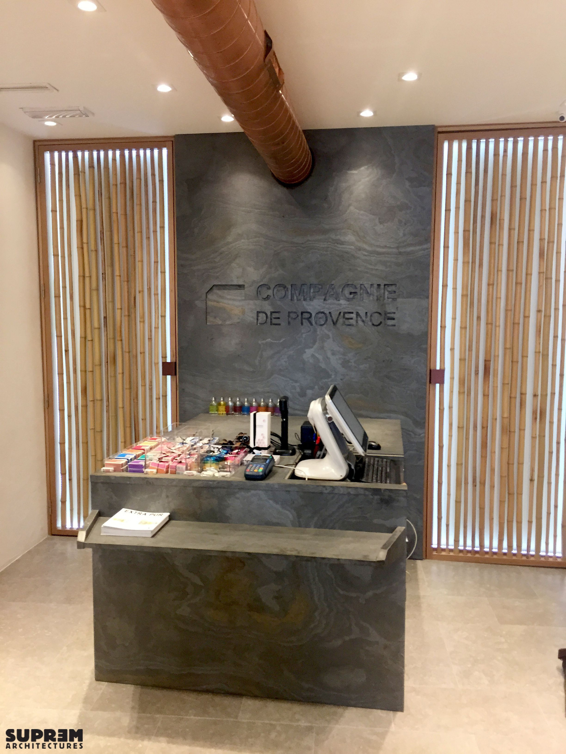 """Boutique """"Compagnie de Provence"""" MILAN - Accueil & caisse"""