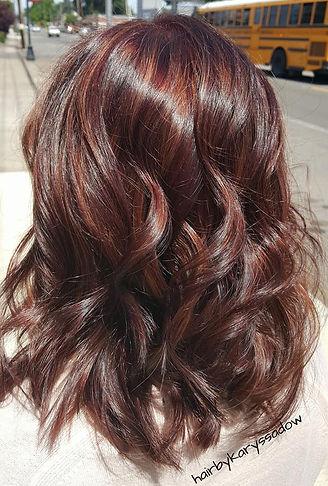 Dimensional brunette hair.