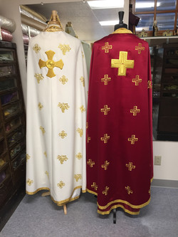 Evan EMBROIDERED offwhite&gold Jeremiah wine&gold priest