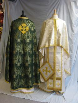 Thomas green gold white gold priest (2)