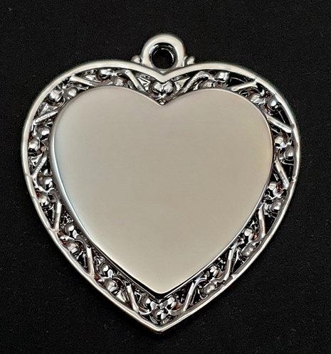 לב עם מסגרת מעוצבת - (בינוני) - רודיום