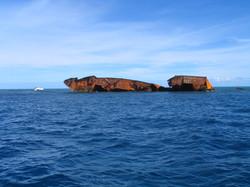 Wreck on Middleton Reef