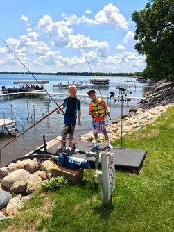 barky's kids fishing