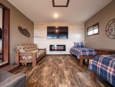 Barky's Cabin 12.7