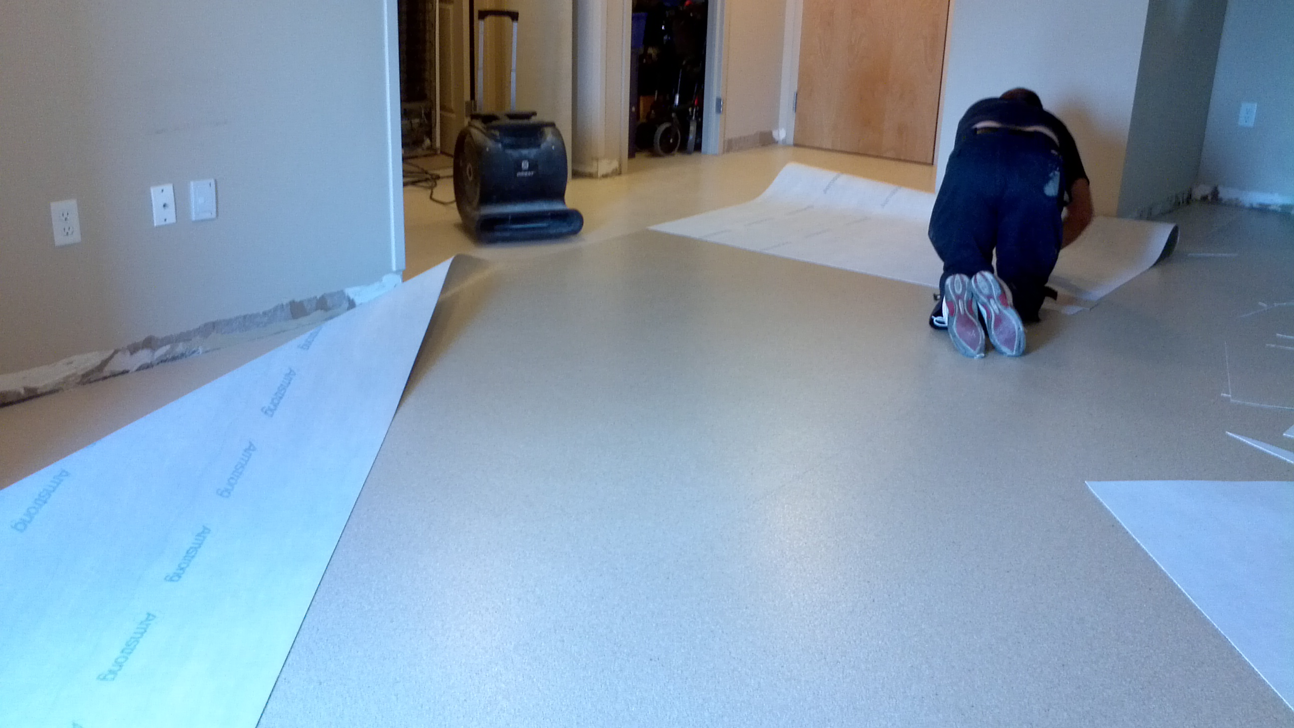 Vinyl floor installation