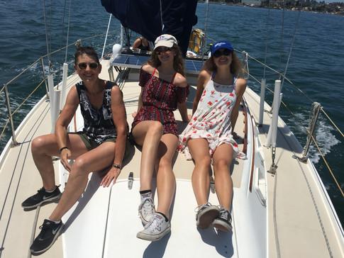 Sailing w Edda and friends- Ladies on bo