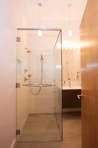 mar-vista-bathroom.png
