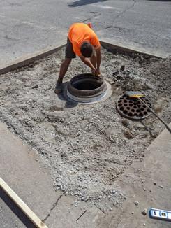 manhole_rehab10.jpg