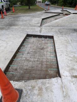 manhole_rehab13.jpg