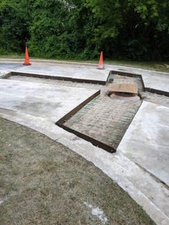 manhole_rehab11.jpg