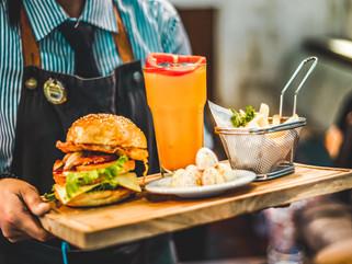 Pengunjung Banyak Malah Bikin Kualitas Pelayanan Resto Menurun?