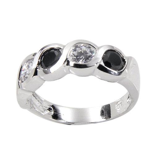 Impressive Sterling Silver Black Clear Alternating Bezel Ring